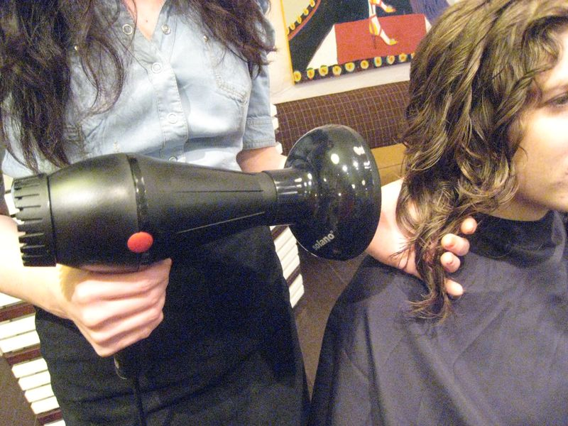 Best-curly-hair-stylist-west-village-salons-nyc