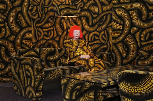 44_kusama_in-yellow-tree-room_web_800